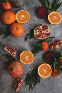 photo fruits dark and moody